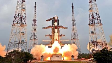 PSLV-C31 rocket launch of IRNSS-1E satellite
